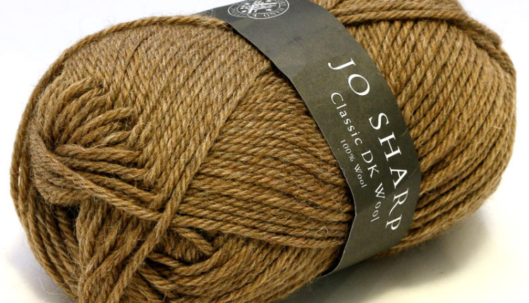 Classic DK Wool - Heather - Oak (910) - 50 g